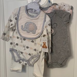 NWT baby outfit and onesies